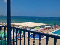 Территория отеля Christiana Beach Hotel 3*