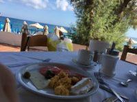 Завтрак в отеле Кристиана Бич 3*