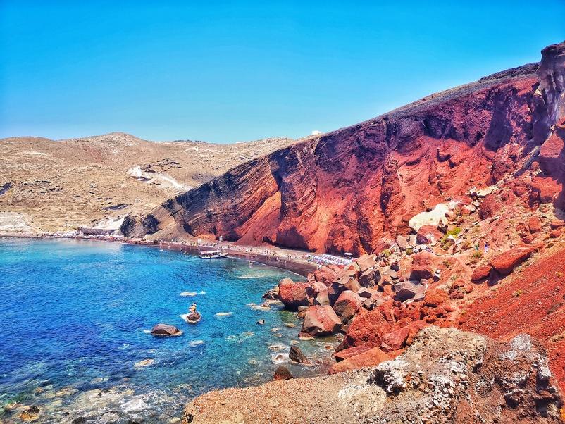 Пляж Красный на острове Санторини